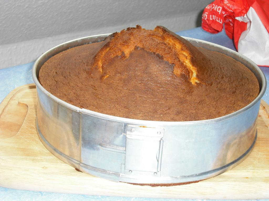 Aus 1 Mach 2 Fanta Kuchen In Der Springform Georf De